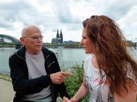 Enthüllungsjournalist Günter Wallraff und Caro Lobig bei einem Treffen in Köln Foto: Lobig