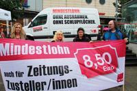 """ver.di-Aktion """"Kein Lohn unter 8,50 Euro"""", keine Ausnahme für Zusteller, Anfang Juli in Pforzheim. Foto: ver.di"""