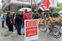 Beschäftigte der Bremer Tageszeitungen AG protestierten gegen die geplanten Stellenstreichungen Foto: Carmen Jaspersen