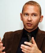 """Frank Werneke: """"Eine Abwertung des Berufs ist mit uns nicht zu machen."""" Foto: Ch. v. Polentz / transitfoto.de"""