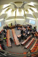 Im Oberlandesgericht München, Saal 101 von der Journalistentribüne fotografiert Foto: dpa /Andreas Gebert