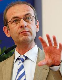 Prof. Dr. Karl-Nikolaus Peifer auf dem Urheberkongress 2013 in Berlin Foto: Christian von Polentz / transitfoto.de