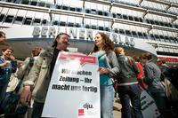 2011: Streikaktion für gute Arbeitsbedingungen Foto: Ch. v. Polentz / transitfoto.de