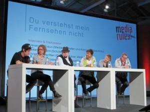 Debatte mit Florian Mundt, Yvonne Olberding, Alexander Braun, Daniel Bröckerhoff (Moderator), Heike Hoffmann, Christoph Krachten (v.l.n.r.) auf der Media Convention/ re:publica Foto: Uwe Sievers