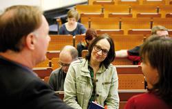 Angeregte Diskussion am Radio Day mit RBB-Moderatorin und Buchautorin Marion Brasch Foto: Christian von Polentz / transitfoto.de