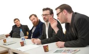 Cesare Stercken, Moritz Arand, Redakteur Andreas-Peter Pausch und Robert Dobschütz (v.l.n.r.) bei der Pressekonferenz zur Ausgabe Null. Foto: Ildiko Sebestyen Photographie