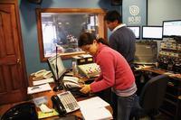 Studio von Radio Bio Bio (das einzige!) in Chiles Hauptstadt Santiago Foto: Eva Völpel