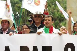 Hollman Morris (Mitte, vorn) auf der Demonstration zum 1. Mai in Bogotá Foto: Knut Henkel