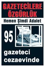 Plakat der Journalistengewerkschaft TGS gegen die Inhaftierung von 95 Journalisten.