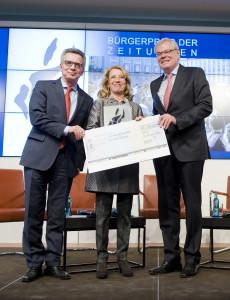 Verleihung des Bürgerpreises der deutschen Zeitungen an Elisabeth Ehninger Foto: BDVZ