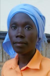 Porträt von Achayo mit dem Smartphone aufgenommen. Foto: Ukech Daniel