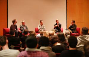 Podium v.l.n.r: Ingo Weerts (ver.di), Burkhard Blienert (MdB), Jan Lerch (Moderation), Lisa Basten, Christoph Backes (u-institut)Foto: Christian von Polentz