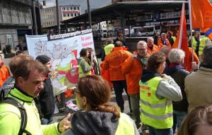 Kundgebung zur Unterstützung der gewerkschaftlichen Tarifforderungen in Bielefeld. Foto: Arno Ley