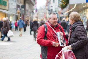 """Verkauf des Straßenmagazins """"Bodo"""" in der Dortmunder Innenstadt Foto: Bodo"""