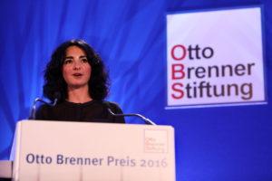 Festrednerin zur Verleihung der Otto-Brenner-Preise 2016 war Melk Kiyak. Foto: Christian von Polntz/ transitfoto.de